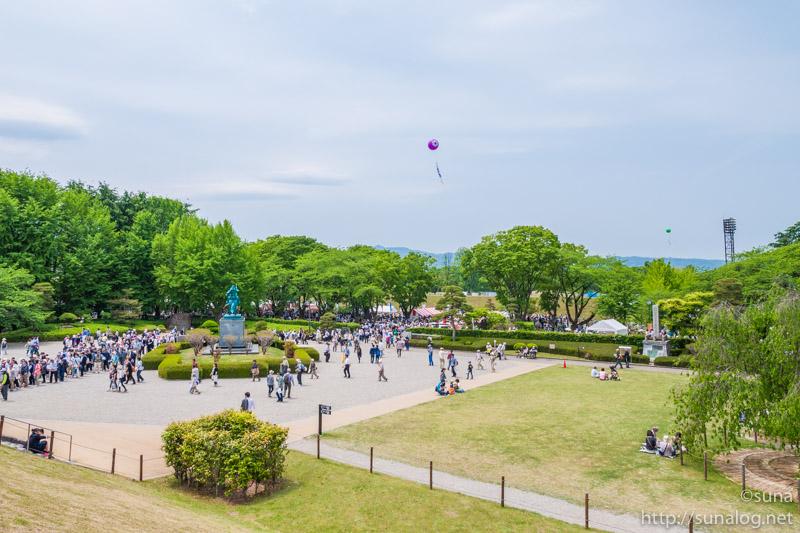 東北六魂際で賑わう霞城公園