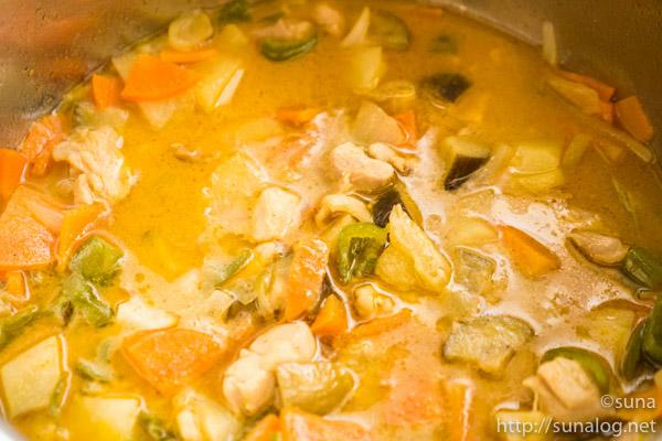 イエローカレースープ