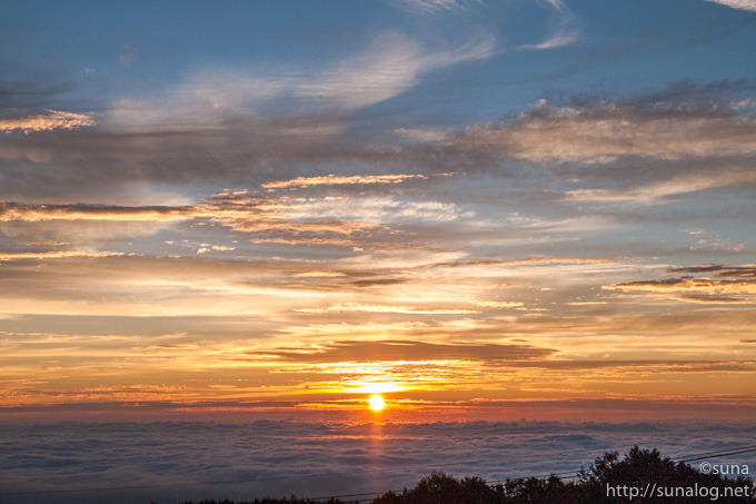 那須岳から見る朝日
