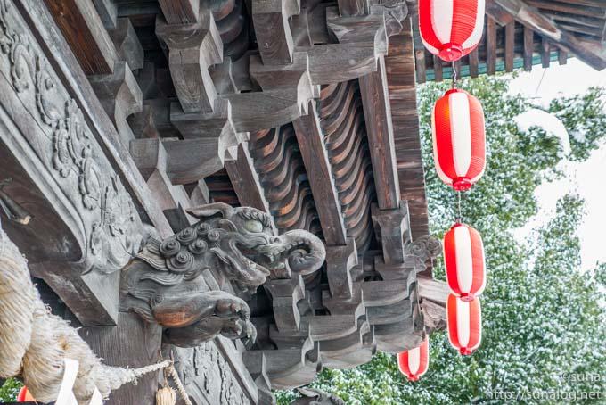 随神門の彫刻