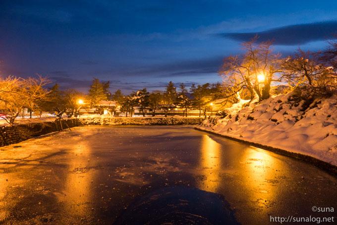 冬の米沢城址のお堀