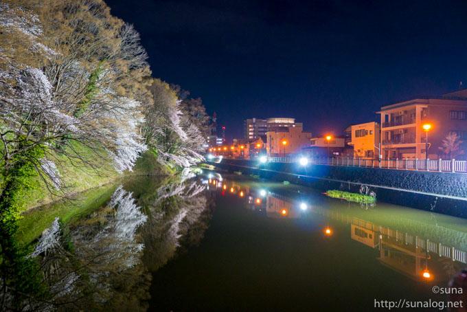 北門からの夜景